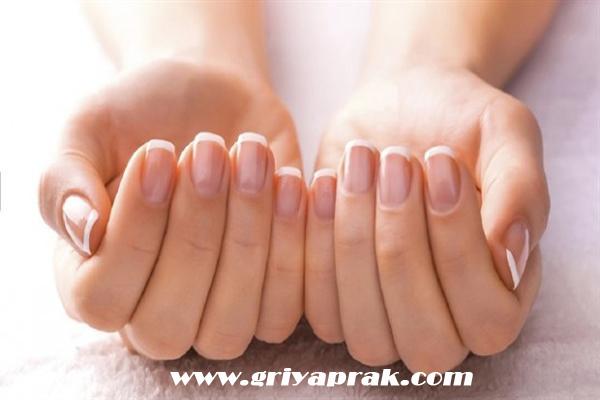 Tırnak bakımı nasıl yapılır, tırnak bakımında önemli noktalar, tırnak bakımında nelere dikkat edilmeli