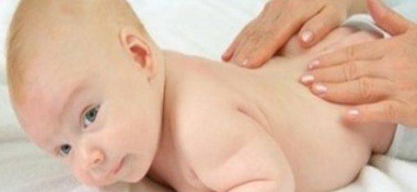 bebeklerin gazını çıkarma, bebeklerin gazı nasıl çıkar, bebeklerin gazını çıkarma yöntemleri