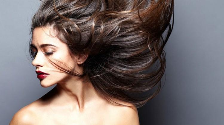 saça hacim kazandırma, hacimli saçlara sahip olma, saça hacim kazandırma yolları