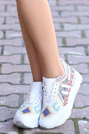 jimnastik ayakkabısı, bayan jimnastik ayakkabısı seçimi, ayakkabı seçimi yapma